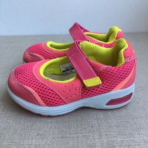 Carter's Girl US 5 Pink Yellow Mary Jane's Shoes